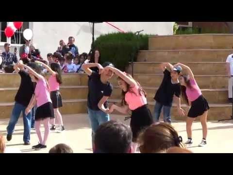Adana Gündoğdu Koleji 23 Nisan Dans Gosterisi