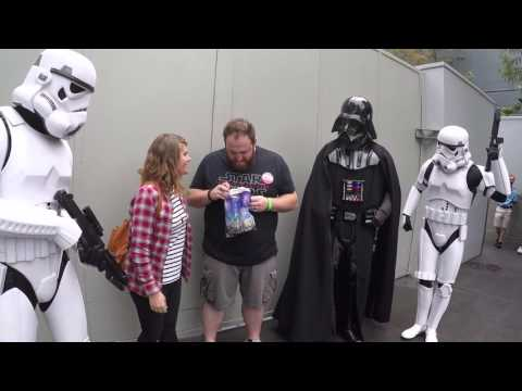 Xxx Mp4 Darth Vader Helps Wife Tell Husband She S Pregnant At Disney World 3gp Sex
