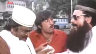 Kadar Khan as Parsi Bawa - Baap Numbri Beta Dus Numbri Scene - YouTube