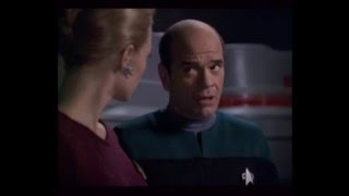 Doc & Seven Singing you are my sunshine- Star Trek voyager
