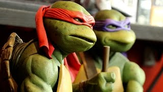 NECA 1/4 Raphael TMNT 1990 Figure- Collectable Review!