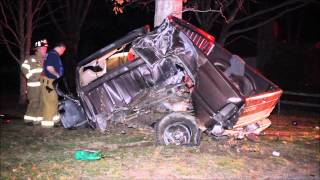 UNBELIEVABLE     Driver extricated himself from horrific crash    4 12 15