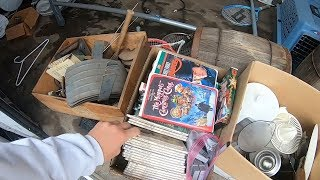 Trash Picking Some Treasures and Auction Box Lots To Resell on Ebay