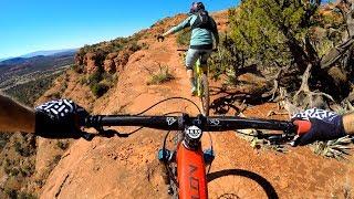 DON'T LOOK THAT WAY!   Mountain biking Hiline in Sedona