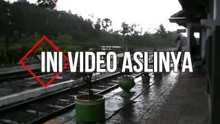 Dimarahi PPK Stasiun Kotok - Railfans KA Jurusan Banyuwangi