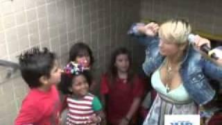 Xuxa e a Chegada do Papai Noel no Maracanã
