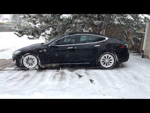 Tesla RWD winter driving testing