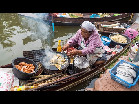 Thai Food at Tha Kha Floating Market (ตลาดน้ำท่าคา) - Don't Miss Aunty's Fried Oyster Omelet!