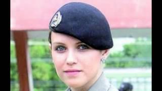 Algumas mulheres de uniformes mais belas linda e gostosa