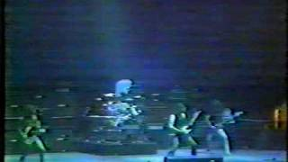 Status Quo - Is there a better way live- 77