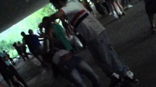 Aprendendo a dançar zouk no parque ibirapuera