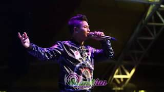 Andy KDI -  Ku Tak Bisa  Cover( SLANK ) Live 16 Septemer 2017 di GoFun Entertaiment Complex