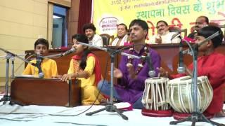 Maithili Thakur गायन  Mithila Student Union के पहिल स्थापना दिवस 27 मार्च 2015