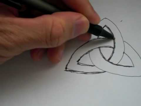 How To Draw The Ancient Celtic Symbol TRIQUETRA