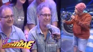 It's Showtime Funny Moment: Vice Ganda talks to Swiss men
