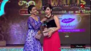Download Rati Pandey presenting an award at ITA Awards 2013 3Gp Mp4