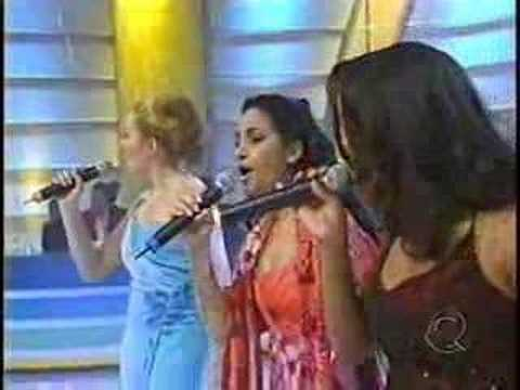 Leilah Liriel e Erika One Moment In Time