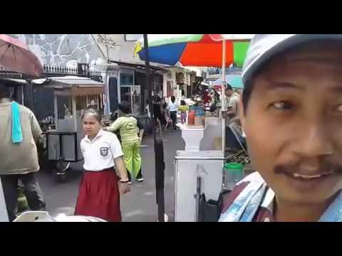 Pedagang Ini Curhat ke Mas AHY, Ingin Jakarta Aman dan Tertib