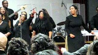 Praise Break/War Cry. Pastor Marvin Winans.