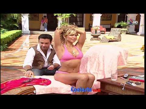 Aylin Mujica en la telenovela Marina