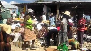 Market Day in Fon Batis