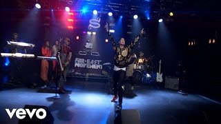 Far East Movement - Turn Up the Love (AOL Sessions)