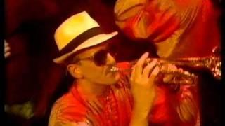 Modern Romance - Ay Ay Ay Ay Moosey 1981