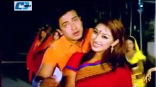 amar jonmo tomar jonno   apu biswas ft shakib khan HD video