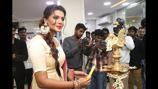 Actress Meera Mithun Launches Ace Salon and Spa Exclusive Videos at West Mambalam