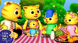 Finger Family - Cat Family | Nursery Rhymes | by LittleBabyBum!