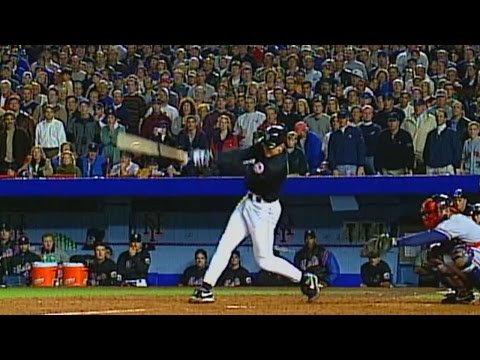 1999 NLCS Gm4: Olerud drives in two with a single