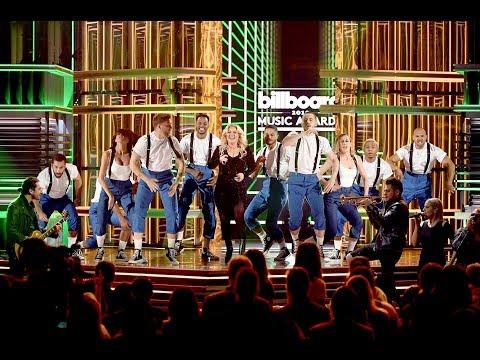 Kelly Clarkson Medley Hits at Billboard Music Awards 2019