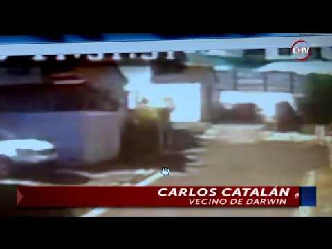 Cámara de seguridad en condominio captó la presencia de misteriosa figura CHV Noticias