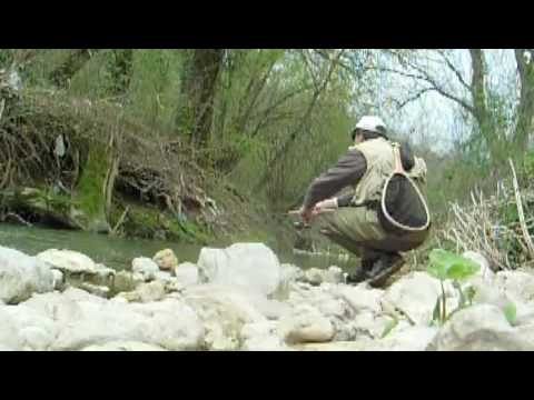 Pesca Spinning Trota Torrente Naia Trout Spinning Fishing on the Naia River Umbria Italy