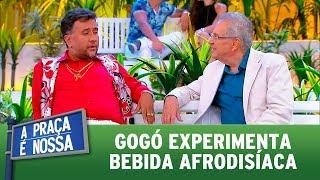 Gogó experimenta bebida afrodisíaca | A Praça é Nossa (05/10/17)