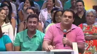 Matheus Ceará e Paulinho Gogó no falta as horas,engraçadíssimo,a praça é nossa