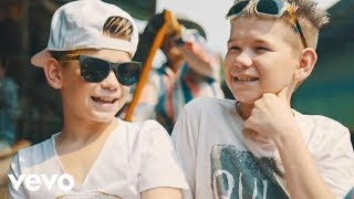Marcus & Martinus - Plystre på deg (Official Music Video)