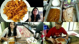 INDIAN MOM MORNING ROUTINE 2019| INDIAN BREAKFAST + LUNCH ROUTINE| INDIAN MOM DAILY KITCHEN ROUTINE