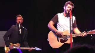 Thomas Rhett Learned It From The Radio Live 2015 Wi