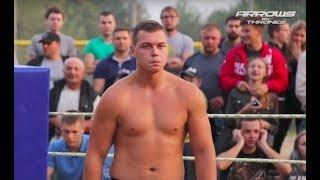 School Boy vs Big Man 220 lbs,  Hard K.O. !!!!