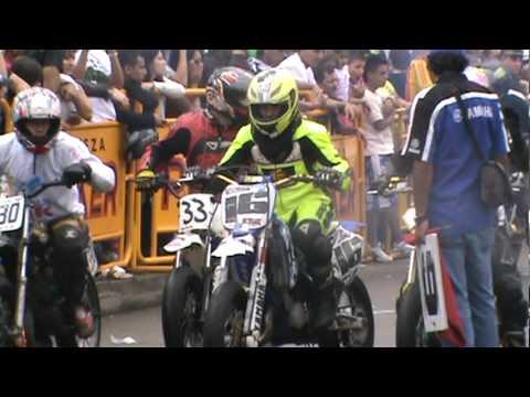 CARRERAS DE MOTOS 26 DIC 2010