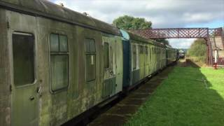 Class 108 DMU Restoration: The Cleaning! | Poulton & Wyre Railway