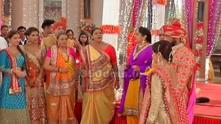 Saath Nibhana Saathiya | At Jaggi's Wedding, High Voltage Drama of Gopi and Radhika | On Location