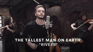 "Watch The Tallest Man on Earth Perform ""Rivers"" With yMusic"