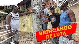 BRINCANDO DE LUTA