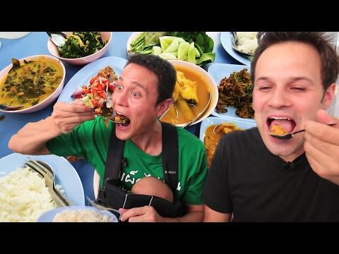 Xxx Mp4 Thai Street Food Tour In Bangkok Thailand BEST Spicy BURNING Street Food Tour With Mark Wiens 3gp Sex
