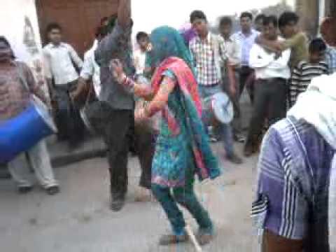 Mast jawani of women(Desi girl with sexy dance)