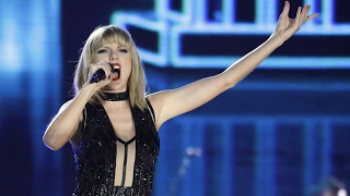 Taylor Swift Super Bowl Performance - New Romantics