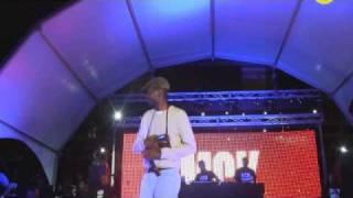 MCK - Bro Levanta a Voz  no Mega Show de Kid MC