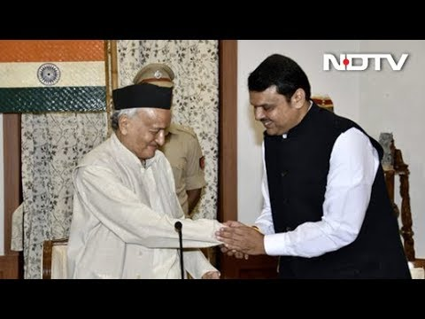 BJP की गुगली Fadnavis ने दोबारा ली CM पद की शपथ Ajit Pawar बने Deputy CM NDTV India LIVE